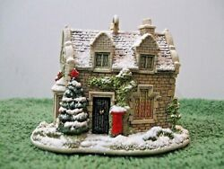 Lilliput Lane Collectible Ornament L2902 Christmas Post 2006 Mib With Deed.