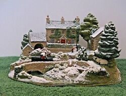 Lilliput Lane Snow Cottage-illuminated L2858 Country Christmas Mib With Deed.
