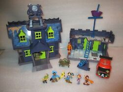Lot Scooby Doo Haunted Mansion Pirate Fort Mystery Machine Van Figures Playset