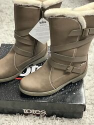 New Totes winter snow boots sz 9 wmn $58.00