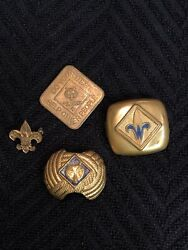 Vintage Lot Of Cub/boy Scout Bsa Kerchiefs Neck Scarf Holder Coin And Lapel Pin