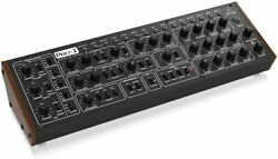 Behringer Analog Synthesizer Pro-1 Pro One 16 Voice Polychain 227a