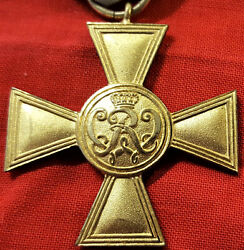 Vintage And Rare Ww1 German Golden Military Merit Cross By Wagner Of Berlin