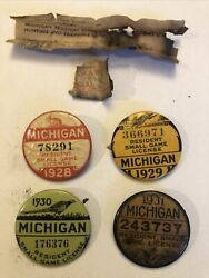 1928, '29, '30, '31 Michigan Resident Small Game License Button And Licenses