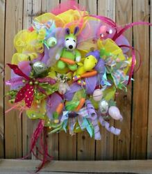 Easter Beagle Snoopy and Woodstock Peanuts Easter Wreath