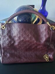 Authentic Pre-owned Louis Vuitton Handbags Astry Leather Mm Shoulder Tote Bag.