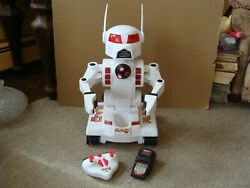 Vintage Toymax Rad 2.0 Robot With Batteries 2 And Charger 1999