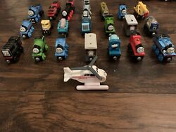 Thomas And Friends Wooden Train's Lot Of 22
