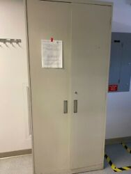Enclosed Metal Storage Cabinets For Lab Use