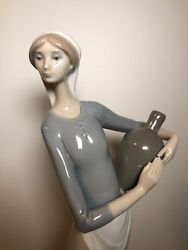 Vtg Lladro Figurine The Jug Carrier 4875 Early 70and039s Mark Porcelain