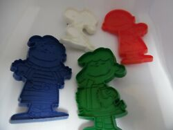Vintage Snoopy Plastic Cookie Cutters- Schroeder-snoopy-lucy-charlie Brown