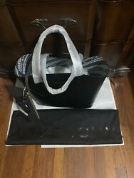 New Givenchy Wing Smooth Leather Tote Black $1190.00