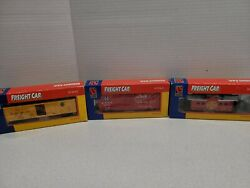 Life Like Train Cars Set Of 3 Caboose Santa Fe Chicago Freight Cars With Boxes