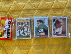 1981 Topps Football Rack Pack 48 Cards Montana Rc Monk Rc 3 Left Please Read