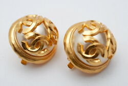 Earring 94a Women Gold Coco Mark Pearl Unused Authentic Rare