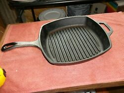 Lodge Usa Cast Iron 10 1/2 Square Skillet Frying Pan Number 8sgp