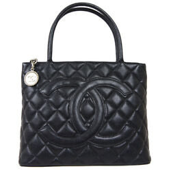 Medallion Quilted Cc Hand Tote Bag 5667217 Purse Black Caviar Skin 80274