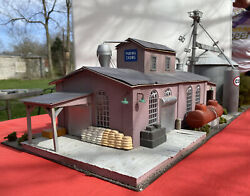 Purina Chows O Scale Diorama Supply Building , Grain Elevator And Scenery 42x13