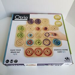 Otrio Deluxe Board Strategy Game Marbles Brain Workshop Player 8+ Spin Master