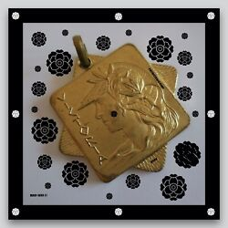 Fashion Pop Art Deco Contemporary Jewellery Wall Medal Gold Mad Luxe Collection