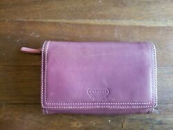 Vintage Coach Pink Smooth Leather Clutch Wallet $25.00