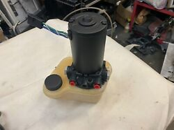 Volvo Penta Power Trim And Tilt Reservoir For Sx Drive Units. Used / Sold