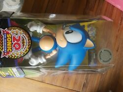 Sealed 20th Anniversary Classic Sonic Figure Jazwares Toys R Us Exclusive
