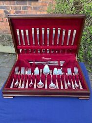 Vintage Oneida Community Silver Plate Canteen Of Cutlery Hampton Court 63pc