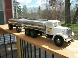 Smith Miller Mic Terrible Herbst Oil Company Tanker And Pup 69/100