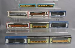 N Scale Assoted Passenger Cars - Amtrak, Up, Gn,santa Fe, Candnw [11]/box