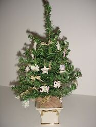 2004 Lenox Advent Family Celebration Christmas Tree With 25 Ornaments And 10 Bows