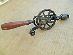 Early Millers Falls Egg Beater Hand Drill
