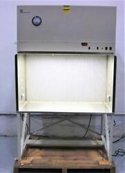 Thermo Forma 4 Ft. Laminar Flow Work Station Model 1849