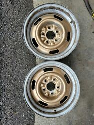 2 Original Early 1969 Camaro Z28 Rally Wheels Ad Code Dz 302 15 X 7