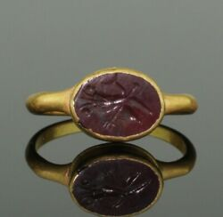 Ancient Roman Gold Intaglio Ring With Dolphin And Trident- 2nd Century Ad 098
