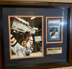 Wayne Gretzky Topps Rookie Card Psa 5 And Autographed Picture In A Custom Frame.