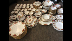 Royal Albert Old Country Rose China Set 124 Pieces Made In England In 1962