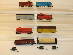 N Scale Mixed Lot Of 8 Freight Cars Two Need Reapairs