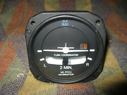 Electric Gyro Corp Turn Coordinator 1394t100-3 5 14 Volt Core Aircraft Ind