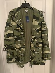 Crown And Ivy Rain Jacket Size L Nwt 119.00 Double Snaps Pickets Drawstring