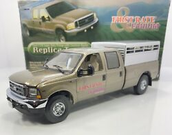 """First Gear 1/34 Scale Ford F-250 Super Duty Kent Feeds Pick-up""""livestock Hauler"""""""