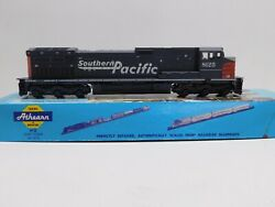 Vintage Athearn Ho Ge C44-9w Powered Diesel Locomotive Southern Pacific Sp 8125
