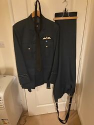 Royal Air Force Raf Officer's Number 1 No 1 Uniform Jacket And Trousers.