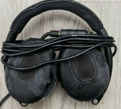 Bose On-ear Oe2 Headphones Wired With Padded Case -623