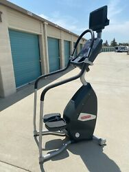Star Trac Stepper Stair Climber E-st With Monitor And Ipod Port