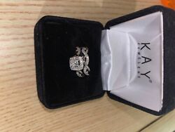 Kay Jewelers Leo Edition Wedding Set Perfect Condition. Never Worn Size4.5.