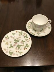 Wedgewood Bone China Wild Strawberry Tea Cup, Saucer, And Bread Plate