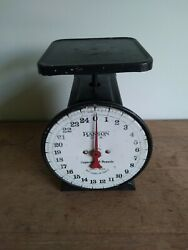 Antique 1920and039s Era Hanson Brothers Scale Co 25lb Capacity Great Cond. Refinished