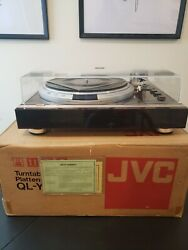 Jvc Ql-y7 Direct Drive Turntable In Box With Stanton 881s Cartridge