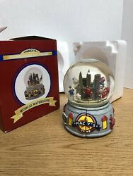 Nyc 2008 Thanksgiving Day Parade Musical Water Globe Snow Globe Glitter A4